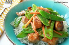 Chicken and Snow Peas Recipe Lean and tasty sautéed chicken and snow peas recipe!Lean and tasty sautéed chicken and snow peas recipe! Pea Recipes, Asian Recipes, Dinner Recipes, Cooking Recipes, Paleo Dinner, Healthy Snacks, Healthy Eating, Healthy Recipes, Paleo Meals