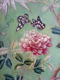 Chinoiserie Wallpaper Hand painted with gouache on paper-backed silk, Chinese wallpaper panelsHand painted with gouache on paper-backed silk, Chinese wallpaper panels Et Wallpaper, Chinese Wallpaper, Chinoiserie Wallpaper, Chinoiserie Chic, Wallpaper Panels, Fabric Wallpaper, Motifs Animal, Hand Painted Walls, Chinese Art