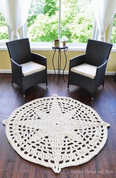 Compass Star Rug  Nautical Rope Rug  by TwistedThreadAndHook #makersonhudson #etsy