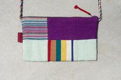剛剛逛 Pinkoi,看到這個推薦給你:限量一件 天然手織布拼接斜背包 / 背包 / 肩背包 / 小包 / 旅行包 - 蒙德里安對比色拼布設計 - https://www.pinkoi.com/product/mQVPEi8j