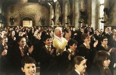 Harry Potter, me encanta ver vídeos asi por que me  da mucha curiosidad como es todo atrás de cámaras , R.I.P alan rickman
