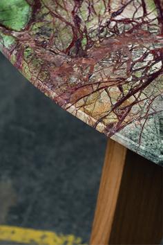 Unser Tisch aus Naturstein mit Massivholzgestell. Die einzigartige Steinplatte aus Rainforest ist etwas ganz besonderes. Nicht nur die Optik ist besonders, sondern auch die ertastbare Oberfläche. Ein Esstisch zum anfassen. Steinmetz, Insects, Design, Natural Stones, Dinner Table, Timber Wood