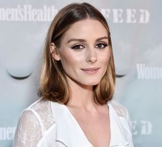 "Bob hairstyles medium shoulder length with highlights Olivia Palermo ""width ="" 750 ""height ="" 512 ""/> Olivia Palermo Hair, Olivia Palermo Lookbook, Olivia Palermo Style, Long Bob Hairstyles, Trending Hairstyles, American Music Awards, Medium Hair Styles, Short Hair Styles, Stacked Haircuts"