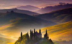 'Wonderland' by Francesco Riccardo Iacomino