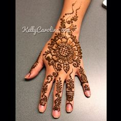 Henna Party Photo Gallery - Kelly Caroline | Kelly Caroline