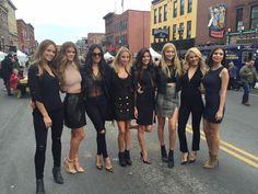 Beautiful SI Swimsuits girls led by Sara Sampaio