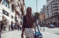 Street photography. Fotografía callejera. Gran Vía. Madrid #bambibacks