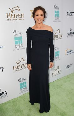 Diane Lane Photos - Honoree Diane Lane attends Heifer International's Annual 'Beyond Hunger: A Place At The Table' Gala at Montage Beverly Hills on August 2014 in Beverly Hills, California. - 'Beyond Hunger: A Place at the Table' Gala Diane Lane Actress, Popular Actresses, Jenny Packham, American Actress, Strapless Dress Formal, Evening Dresses, Celebrity Style, Celebs, Glamour