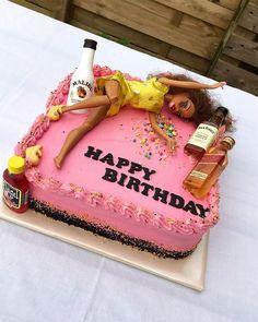 21st Birthday Presents, Barbie Birthday Cake, Funny Birthday Cakes, 21st Birthday Cakes, 19th Birthday, 18th Birthday Party Ideas Decoration, 21st Birthday Paddle, Little Girl Birthday Cakes, Special Birthday