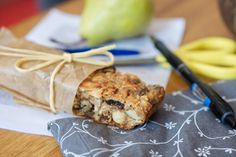 Kváskový flapjack, ovesná tyčinka s příchutí jablečného štrůdlu, ideální svačinka na výlety - Superkvašáci : Superkvašáci Granola, Cooking, Food, Kitchen, Essen, Meals, Yemek, Muesli, Brewing