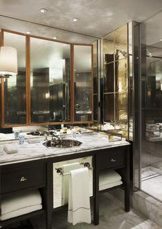 A very stylish bathroom - Rosewood London  Tony Chi季裕棠作品-伦敦瑰丽酒店