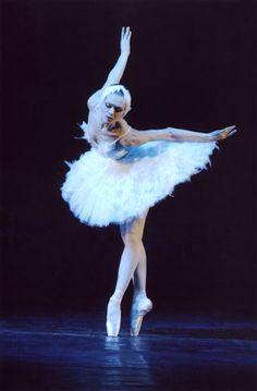 Ulyana Lopatkina as Odette - Mariinsky Ballet