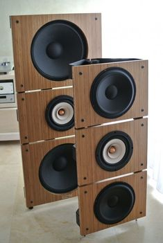 Trio15 TB and Trio10 TB Open Baffle Speakers, Front