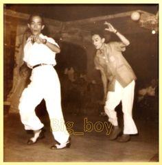 Bayani Casimiro and Dolphy dancing the Football Mambo Philippines Culture, Manila Philippines, Filipiniana, Pinoy, Sands, Filipino, Big Boys, Gentleman, Magazines