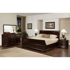 Enrich your home decor with this Kingston California king-size Sleigh bedroom set. This set features solid oak wood construction and includes a king-size bed, two nightstands, one dresser and one mirror.