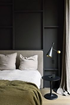 Bedroom design black wall and green bedding in moody modern bedroom. Bedroom Sets, Home Decor Bedroom, Bedroom Furniture, Design Bedroom, Master Bedroom, Bedroom Black, Bedroom Office, Dark Grey Bedrooms, Wooden Furniture