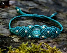Macrame Bracelet with bead that glow in the by TheTomentosaShop