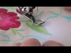 ▶ Singer Sewing Machine Darning Embroidery Foot - YouTube