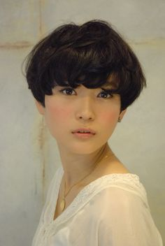 Asian bowl cut