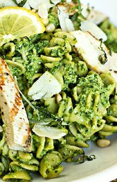 Low FODMAP and Gluten Free Recipe - Lemon basil chicken salad --- (Update)