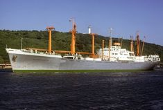 Merchant Navy, Concept Ships, Boat Building, Water Crafts, Golden Gate Bridge, Sailing Ships, Cruise, The Past, Houseboats