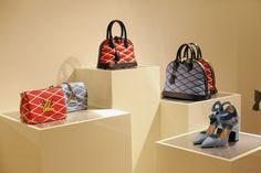 Louis Vuitton Cruise Collection 2015 – Im Showroom