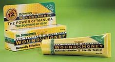 New Zealand Active Manuka Honey (which has been clinically proven to have activity against bacteria, including the superbug MRSA [Methicillin Resistant Staph Aureus]), Aloe Vera, and Panthenol (vitamin B). Holistic Healing, Natural Healing, Natural Home Remedies, Herbal Remedies, Manuka Honey, Alternative Treatments, Love Natural, Facial Care, Young Living Essential Oils