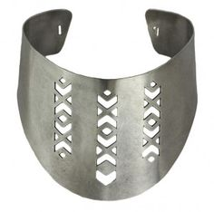 Looking for a new kind of statement necklace? Thick chokers or collars are bold, without being having unnecessary movement. Pamela Love, Statement Jewelry, Metal Jewelry, Collars, Cuff Bracelets, Chokers, Metals, Earrings, Silver
