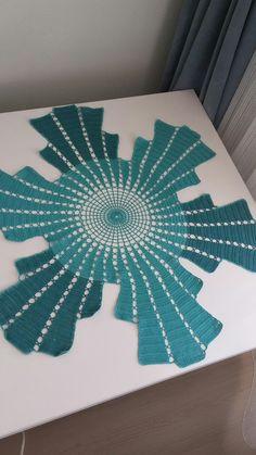 Crochet Freetress - How to Crochet For Beginners Diy Crafts Crochet, Crochet Home, Crochet Projects, Diy Crochet Tablecloth, Crochet Table Runner, Crochet Motifs, Filet Crochet, Crochet Stitches, Modern Crochet