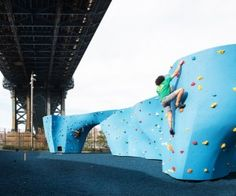 Fly High at Staten Island's New Trampoline Park Things That Bounce, Things To Do, Nyc With Kids, Trampoline Park, Long Holiday, Places To Go, Outdoor Decor, Entertainment, York