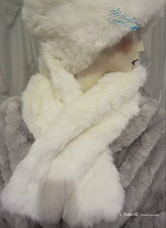 winter stole shawl wolf white heat shoulders par MatheHBcouture