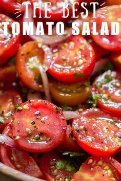 Tomato Basil Salad, Tomato And Onion Salad, Cherry Tomato Salad, Tomato Bruschetta, Cucumber Salad, Grape Tomato Recipes, Tomato Ideas, Easy Summer Salads, Summer Tomato