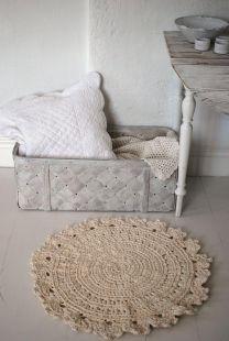crochet throw rug...