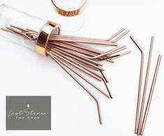 eco friendly wedding ideas and alternatives to use instead. You'll love these unique ideas, from reusable straws for favors to eco friendly wedding invites and signage to print less paper. Metal Straws, Cooking Gadgets, Kitchen Gadgets, Rose Gold Kitchen Accessories, Stainless Steel Straws, Copper Kitchen, Kitchen Ware, Home Decor Kitchen, Home Decor Accessories