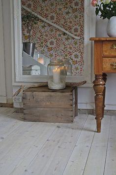 Modern Country, Country Decor, Scandinavian Home, Interior Design Inspiration, Home Living Room, Decoration, Interior Design Living Room, Floor Rugs, Entryway Tables