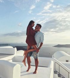 "99.9b Beğenme, 485 Yorum - Instagram'da DILARA (@di1ara): ""I am in love with this place...❤"""