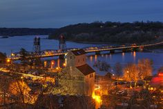 I love Stillwater, can't wait to roam around this town for the weekend:) Pretty excited to celebrate our 1 year:)