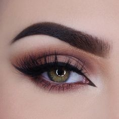"""""""Gorgeous warm, smokey look by @miaumauve featuring our Chocolate Bar Palette! #regram #chocolatebarpalette #toofaced"""""""