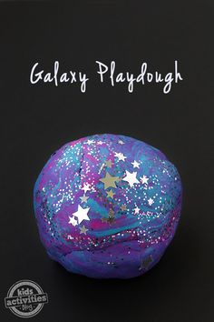 Homemade Galaxy Playdough Recipe! Fun for an outer space unit.