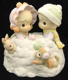 Precious Moments Up to Our Ears in A White Christmas Couple in Snow Pile 879185 | eBay