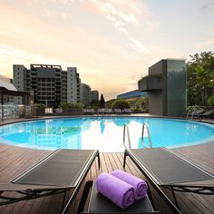 12 best singapore hotels images stay in singapore cake pie rh pinterest com