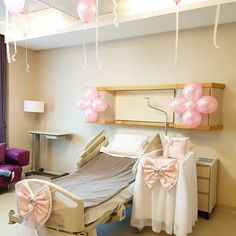 Girl Baby Shower Decorations, Baby Decor, Delivery Room, Baby Zimmer, Hospital Room, Baby Girl Photography, Mom And Baby, Baby Room, Diy And Crafts