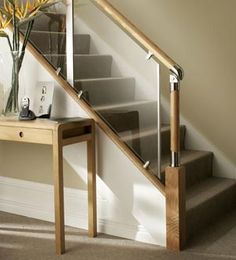 S-Vision Glass Balustrade System Oak Handrails - Stair Banister Iron Stair Railing, Staircase Railings, Wooden Staircases, Banisters, Indoor Railing, Rustic Staircase, Small Staircase, Loft Staircase, Wood Railing
