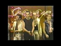 Sha na na...Goodnight sweetheart, well its time to go.  My dad used to love this show :o)