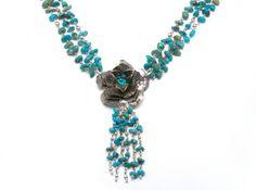 Collar Flora Turquesa - detalle colgante