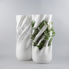 """Abbracciame (""""hug me"""" in neapolitan dialect) is a printed vase for climbing plants. It is made of PLA, a compostable bioplastic derived from corn."""