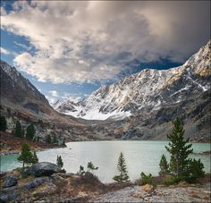 Россия, Республика Алтай, озеро Куйгук, сентябрь 2011 //  Russia, Altai Republic, Lake Kuyguk, September 2011