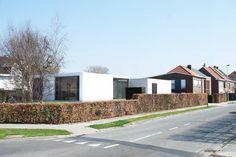 IZEGEM: totaalrenovatie bungalow
