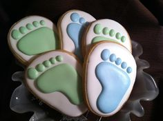 Baby feet for a baby shower Baby Girl Cookies, Baby Shower Cookies, Galletas Cookies, Sugar Cookies, Cookie Decorating Supplies, Gourmet Cookies, Bridal Luncheon, Cookie Time, Baby Footprints