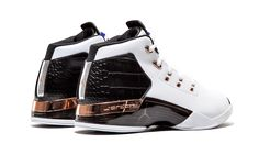 "The first-ever retro of an original colorway for the Air Jordan this 2016 release features the ""Copper"" colorway built in white leather with a black reptile-textured heel panel. Jordan Shoes Girls, Air Jordan Shoes, Mens Fashion Casual Shoes, Sneakers Fashion, Jordans For Men, Air Jordans, Best Workout Shoes, Sneakers Sketch, Cute Sneakers"